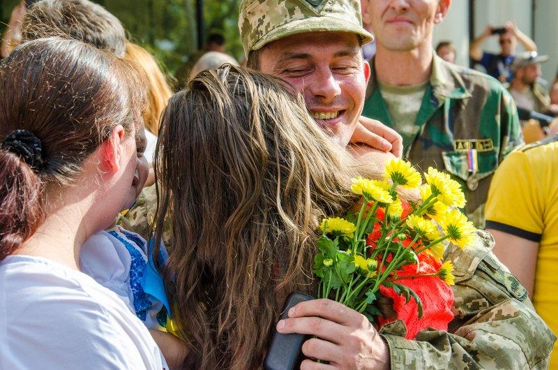 На Днепропетровщине встретили демобилизованных бойцов 43-го батальона (фото) - фото 6