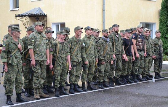 40 бійців батальйону «Кіровоград» вирушили на зміну колегам у зону проведення АТО.ФОТО (фото) - фото 1