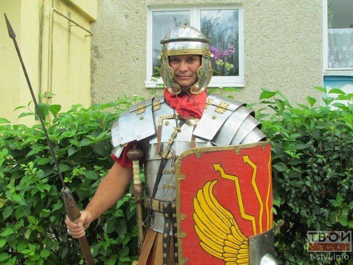 Фоторепортаж: как гродненец Борис превратился в легионера Тита Флавия (фото) - фото 8