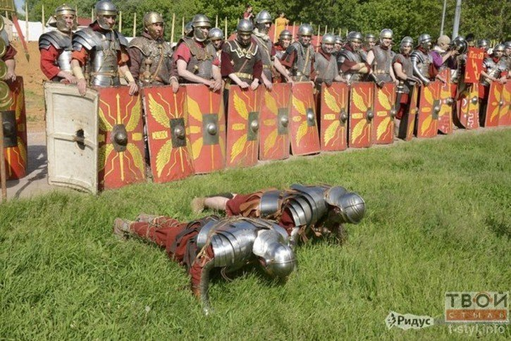 Фоторепортаж: как гродненец Борис превратился в легионера Тита Флавия (фото) - фото 3