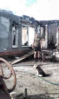 У бойца АТО на Сумщине сгорел дом. Живет с детьми в палатке  (ФОТО), фото-4