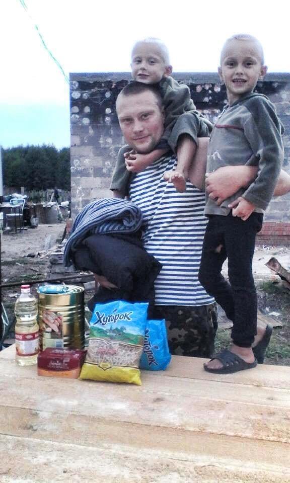 У бойца АТО на Сумщине сгорел дом. Живет с детьми в палатке  (ФОТО), фото-5