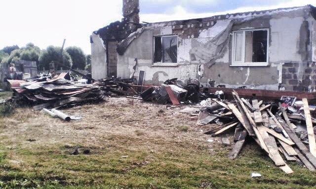 У бойца АТО на Сумщине сгорел дом. Живет с детьми в палатке  (ФОТО), фото-3