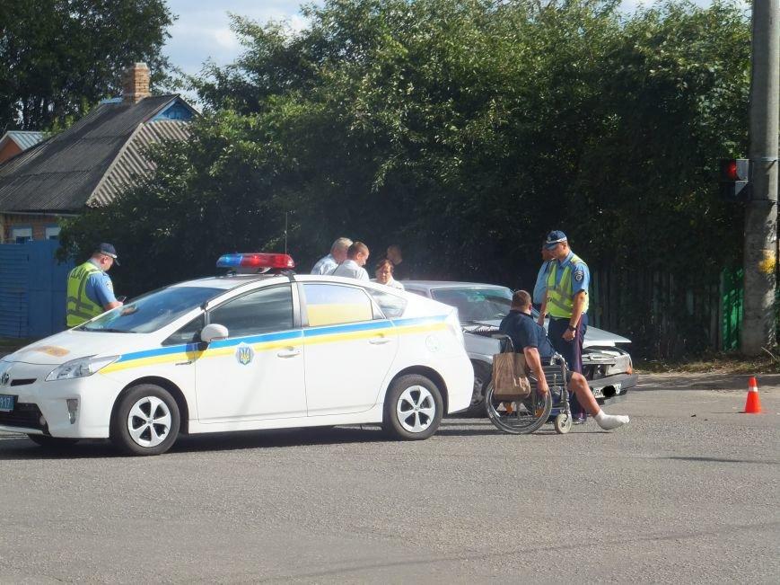 В Кировограде произошло шокирующие ДТП - после столкновения перекинулся внедорожник. ФОТО (фото) - фото 1