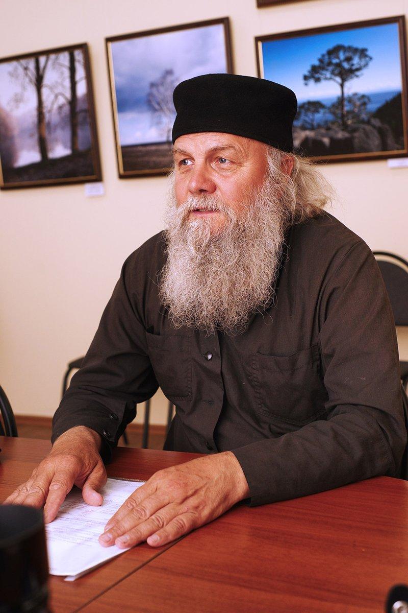 Фотографии инока. В Белгородской фотогалерее Собровина открылась выставка работ иеромонаха Савватия (фото) - фото 2
