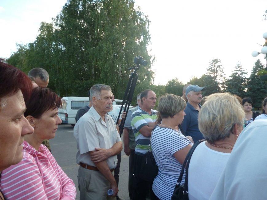 Семьи погибших бойцов вынуждены доплачивать  за медали, которые дорисуют на памятник Герою (ФОТО) (фото) - фото 5