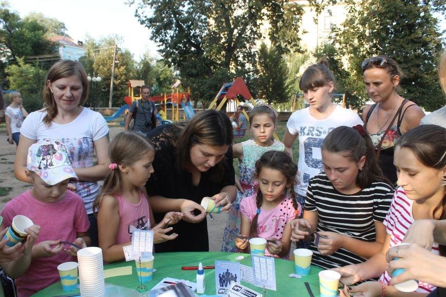 В Полтавському Сонячному парку діти виготовляли маленьких міньйончиків (фото) - фото 2