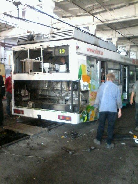 В Кривом Роге самый экзотический электротранспорт: метро как трамвай, а троллейбус как автобус (ФОТО) (фото) - фото 1