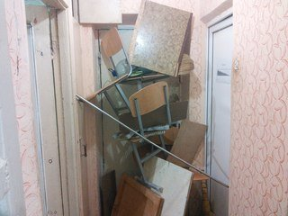 У студмістечку ЧНУ ім. Ю. Федьковича ремонтники порозкрадали останнє, що залишалось (фото) - фото 2