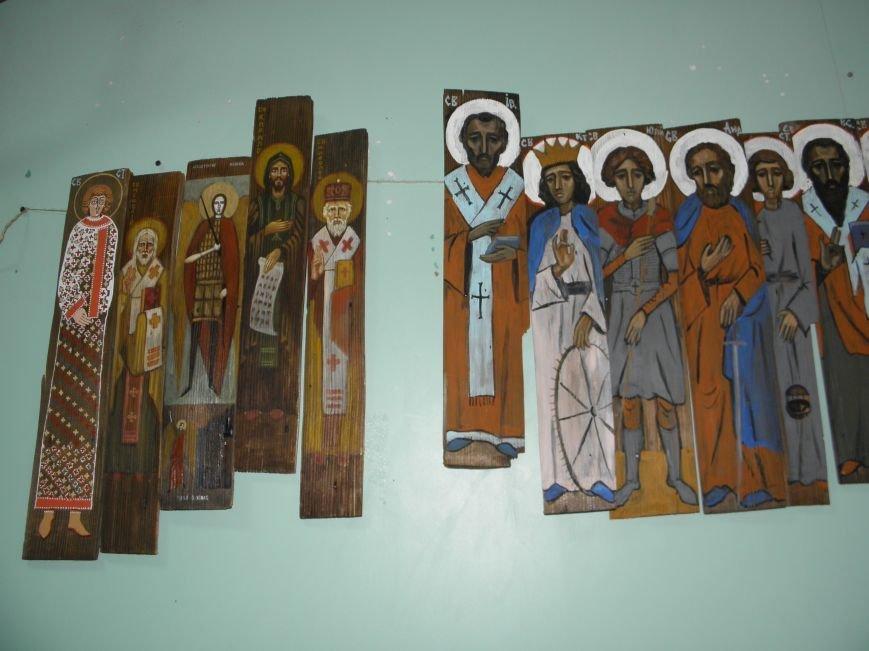 В Краматорск привезли «Стену» из ликов святых (фото) - фото 2