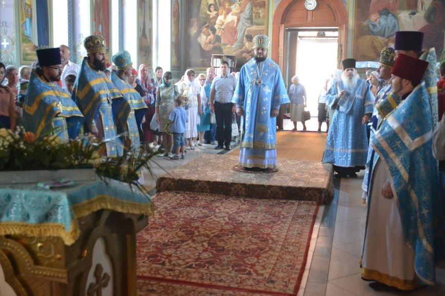 Три христианских праздника отметили прихожане Нововасильевского храма (фото) - фото 4