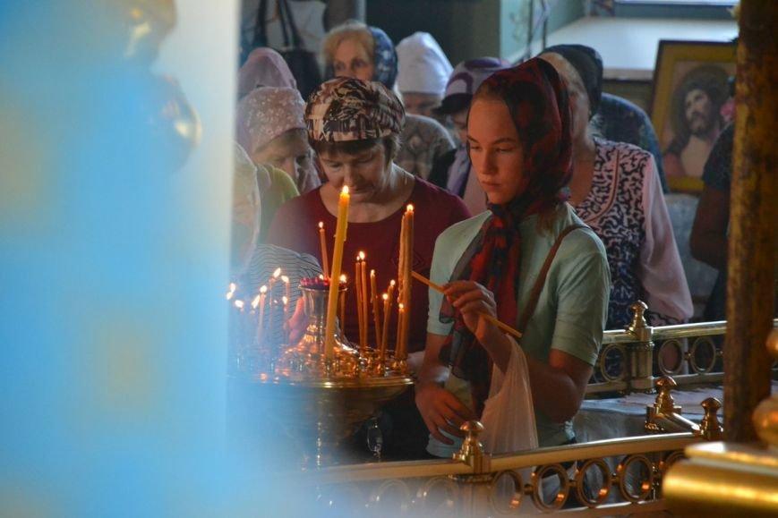 Три христианских праздника отметили прихожане Нововасильевского храма (фото) - фото 6
