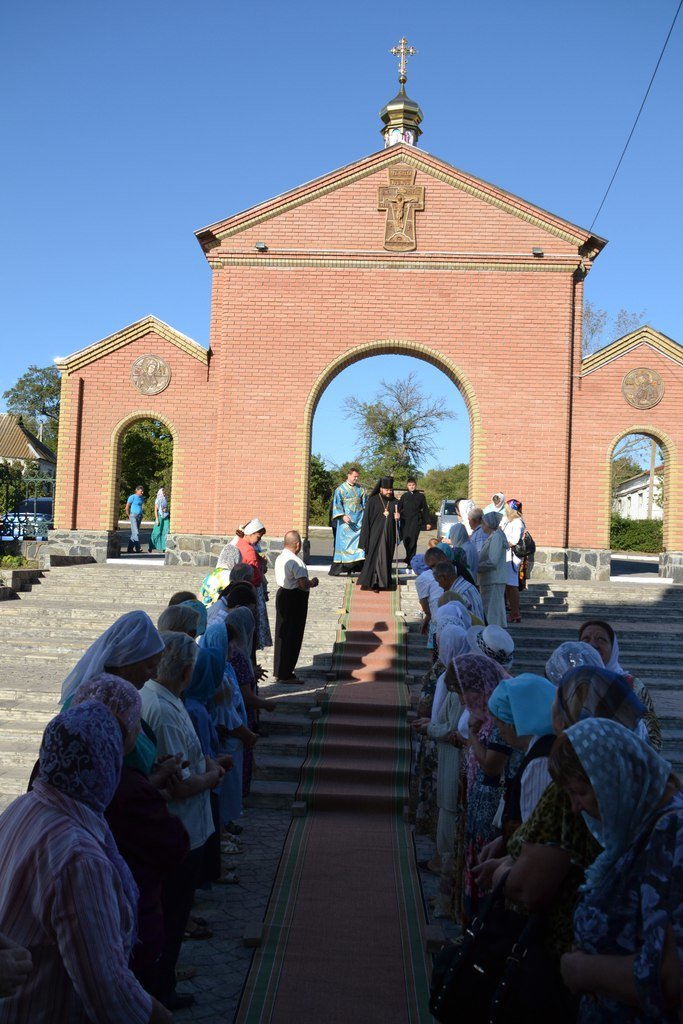 Три христианских праздника отметили прихожане Нововасильевского храма (фото) - фото 1