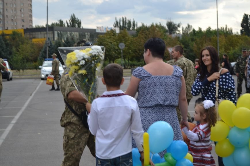 Более 100 демобилизованных бойцов 17 бригады прибыли в Кривой Рог и привезли с собой «донецких» (ФОТО), фото-20