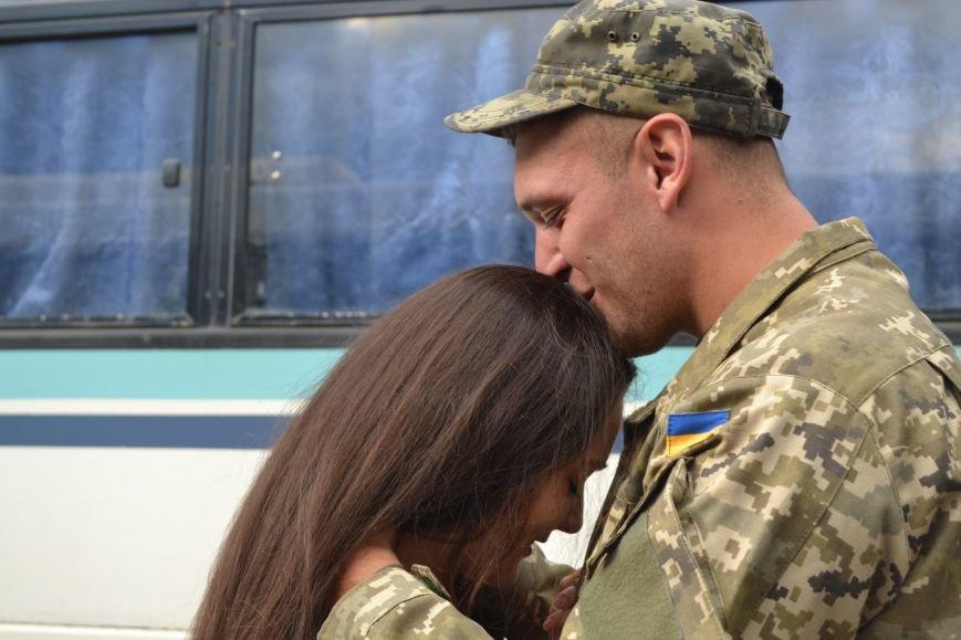 Более 100 демобилизованных бойцов 17 бригады прибыли в Кривой Рог и привезли с собой «донецких» (ФОТО), фото-23