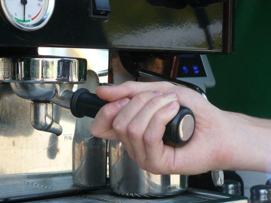 Кофе по-днепропетровски: каково это работать баристой? (фото) - фото 1