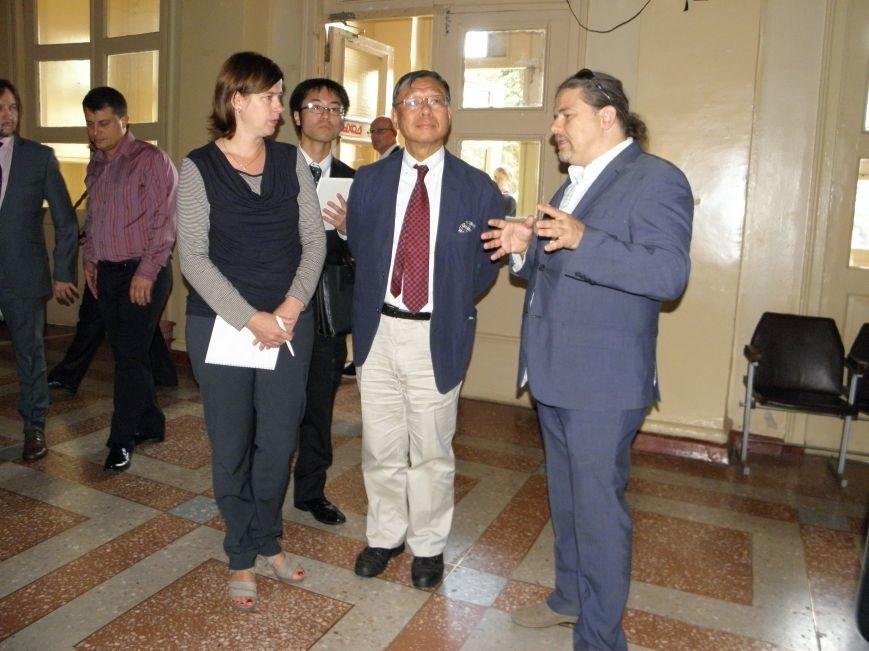 В Донецкую область приехал посол Японии в Украине (фото) - фото 2