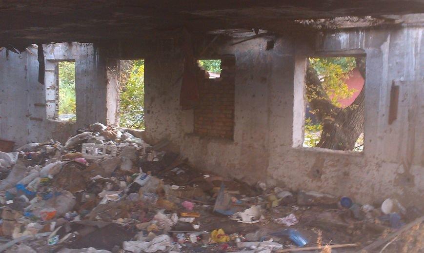 Запорожцы жалуются на свалку возле дома (ФОТО) (фото) - фото 6