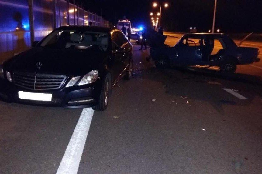 В Шебекинском районе пьяный водитель «пятёрки» на высокой скорости врезался в «Мерседес» (фото) - фото 1