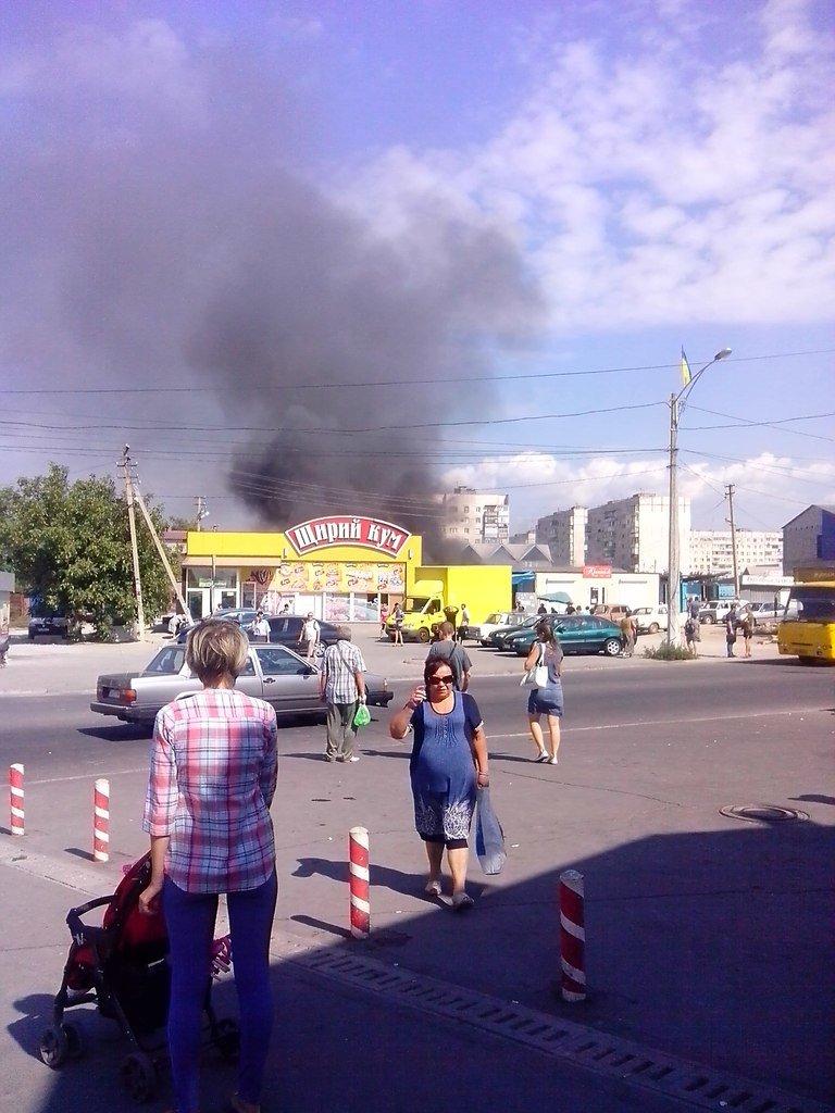 В Мариуполе горит Киевский рынок (ФОТО+ВИДЕО+ДОПОЛНЕНО), фото-4