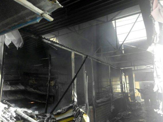 В Мариуполе горит Киевский рынок (ФОТО+ВИДЕО+ДОПОЛНЕНО), фото-8