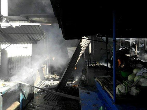 В Мариуполе горит Киевский рынок (ФОТО+ВИДЕО+ДОПОЛНЕНО), фото-7