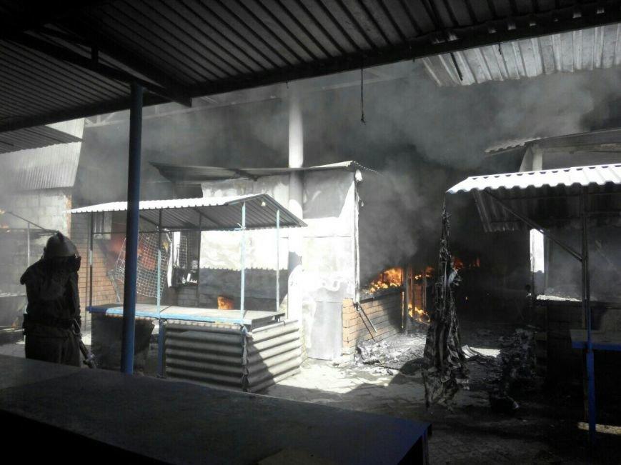 В Мариуполе горит Киевский рынок (ФОТО+ВИДЕО+ДОПОЛНЕНО), фото-9