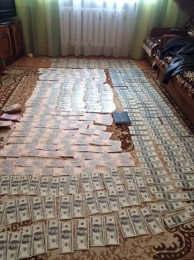 Руководитель миграционной службы Днепропетровской области оказался коррупционером (фото) - фото 2
