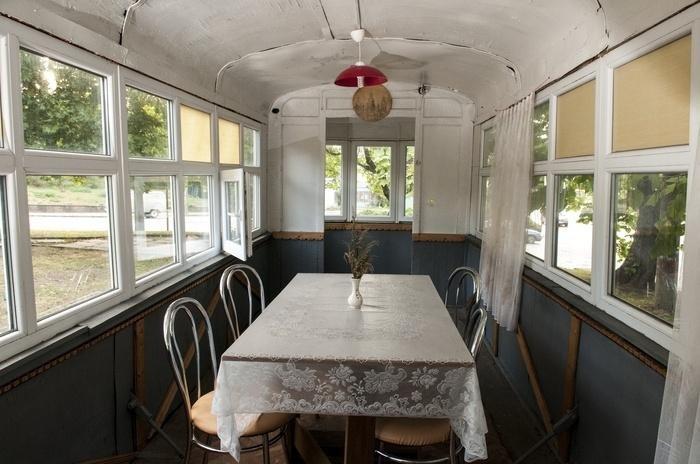 У чернівецькому трамвайчику можна випити кави (фото) - фото 2