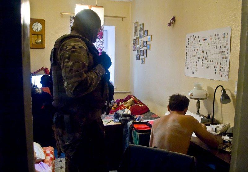 В Запорожье задержали администраторов сепаратисткого сайта «Искра», эксклюзивные фото (фото) - фото 3