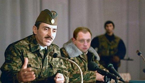 «Арслан» Яценюк и Чечня: очередной маразм от российских чиновников (фото) - фото 4