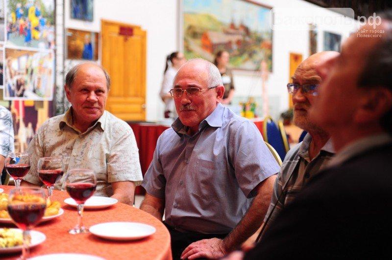 Заводчан посвятили в пенсионеры. Фоторепортаж (фото) - фото 1