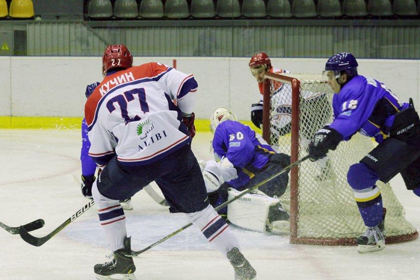 Хоккейный матч ШКО - Арлан