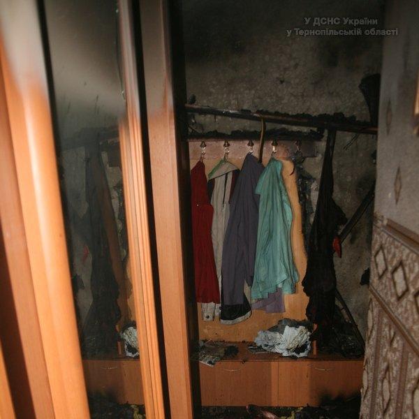 У Тернополі горіла квартира в багатоповерхівці (фото, відео) (фото) - фото 1