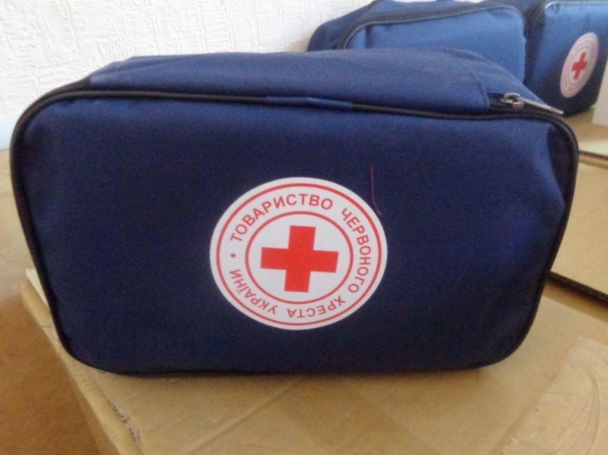 В Красноармейске продолжена выдача гуманитарной помощи переселенцам. На этот раз – тремя организациями (фото) - фото 3