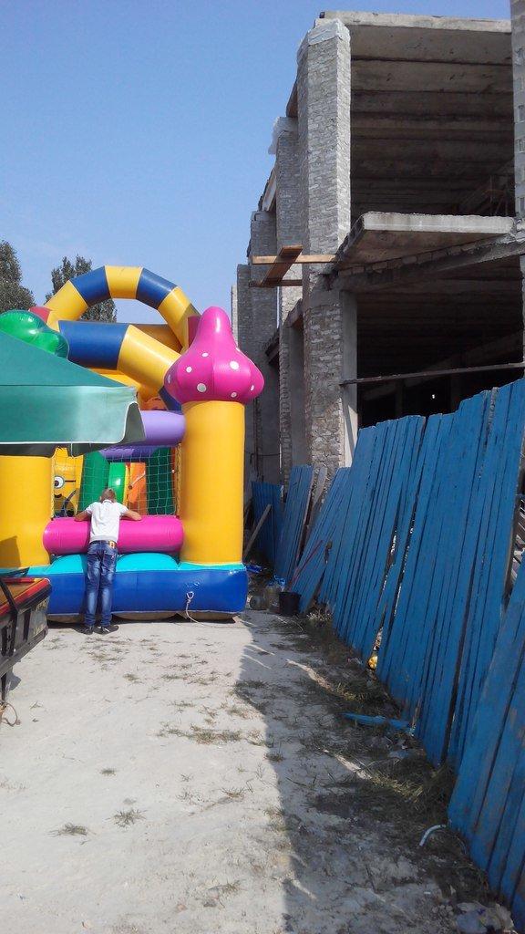 В Доброполье стройки без правил или же каска как новый головной убор для вашего ребенка, фото-6