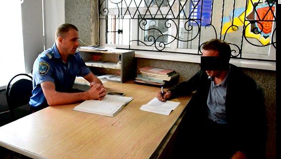 Николаевец ограбил несостоявшегося собутыльника-иностранца (ФОТО+ВИДЕО) (фото) - фото 2