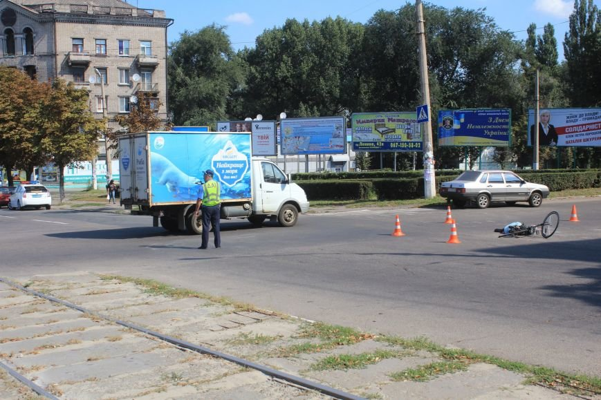 В Днепродзержинске в ДТП на перекрестке возле «Дружбы» погиб велосипедист (Дополнено), фото-5