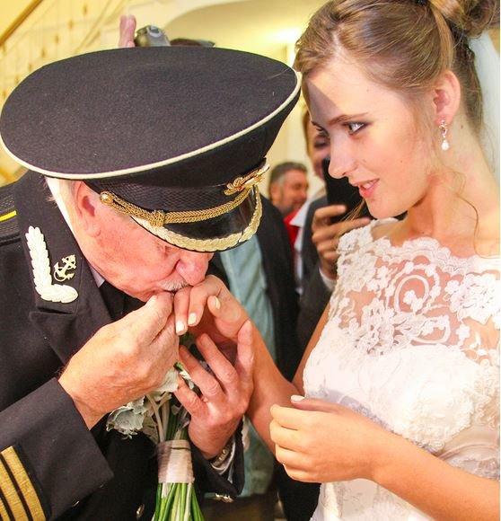 24-летняя крымчанка вышла замуж за 84-летнего российского актера Ивана Краско (ФОТО, ВИДЕО) (фото) - фото 2