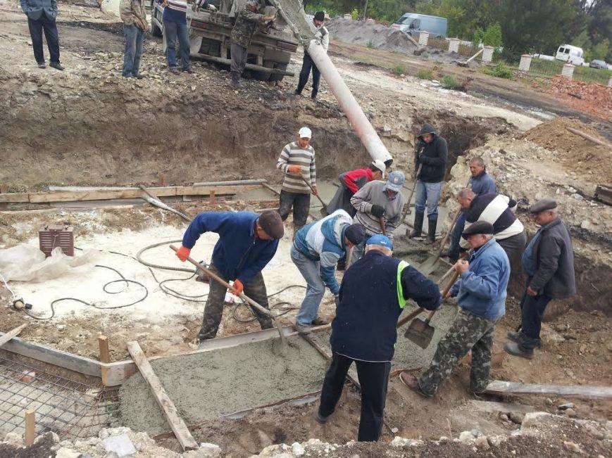 На Тернопільщині почали активно відбудовувати храм, який згорів на Великдень (фото) (фото) - фото 1