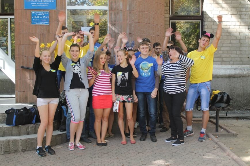 Молодежь разукрасила улицы Артемовска, фото-6