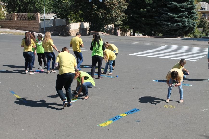Молодежь разукрасила улицы Артемовска, фото-12