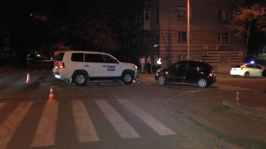 ДТП в Днепропетровске: столкнулись Тойота и Ниссан (ФОТО) (фото) - фото 5