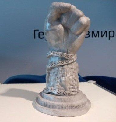 В Киеве презентовали макет памятника Небесной сотни (ФОТО) (фото) - фото 2