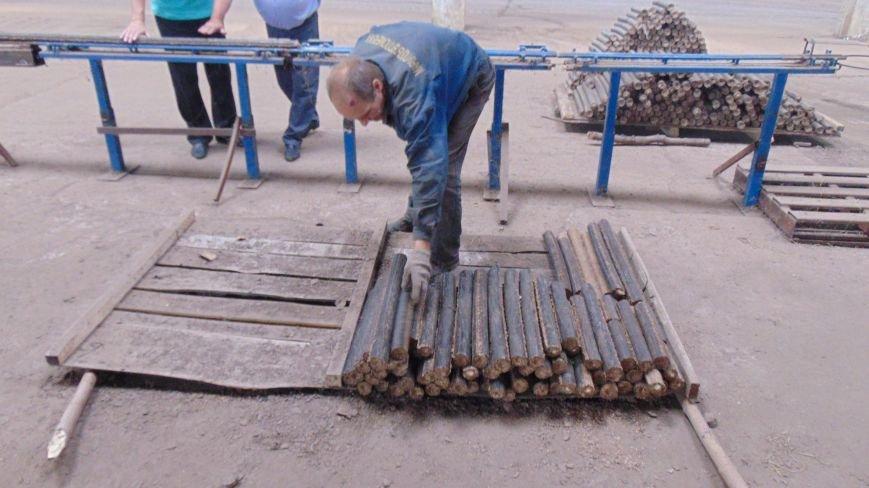 В Мариуполе начали производить топливные брикеты, чтобы снять нагрузку с мусорных свалок (ФОТО) (фото) - фото 4