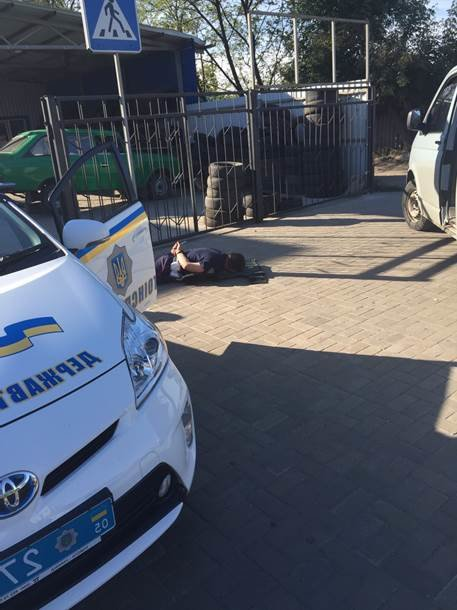 В Славянске прошла серия задержаний милиционеров-вымогателей. ФОТО-ВИДЕО (фото) - фото 1