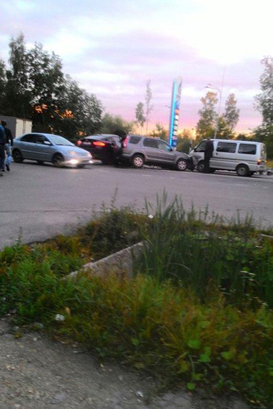 Проигнорировав запрещенный поворот налево, водитель стал причиной серьезной аварии в Пушкине, фото-4