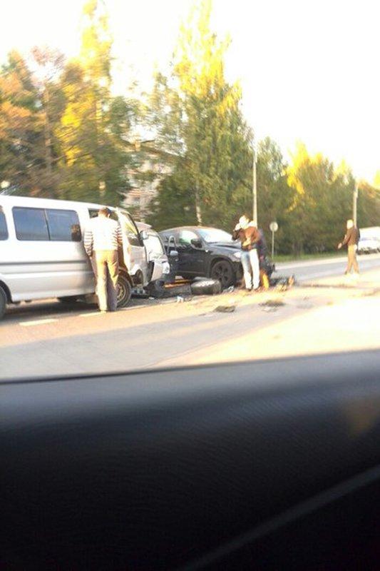 Проигнорировав запрещенный поворот налево, водитель стал причиной серьезной аварии в Пушкине, фото-3