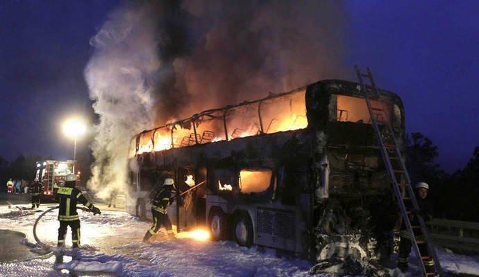 В Германии сгорел автобус, в котором ехала гродненская семья (фото) - фото 2