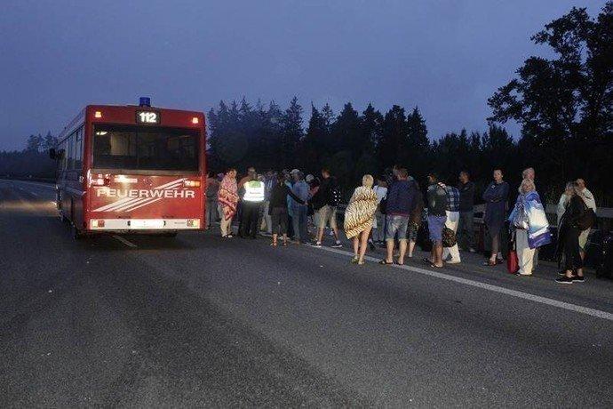 В Германии сгорел автобус, в котором ехала гродненская семья (фото) - фото 5